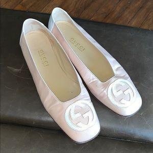 Gucci pastel pink flat